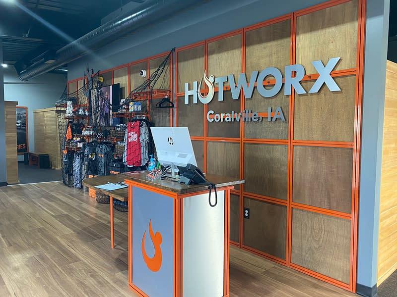 Hotowrx front