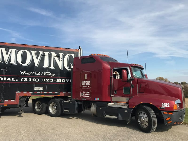Spine moving truck
