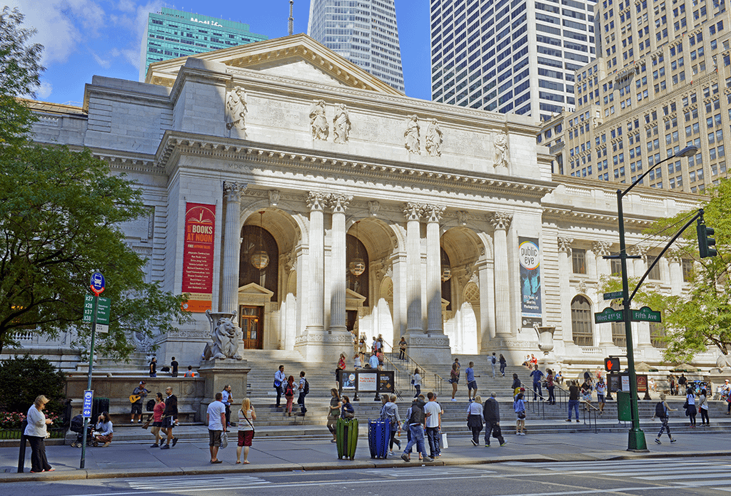 New York Public Library On 5th Avenue In Midtown