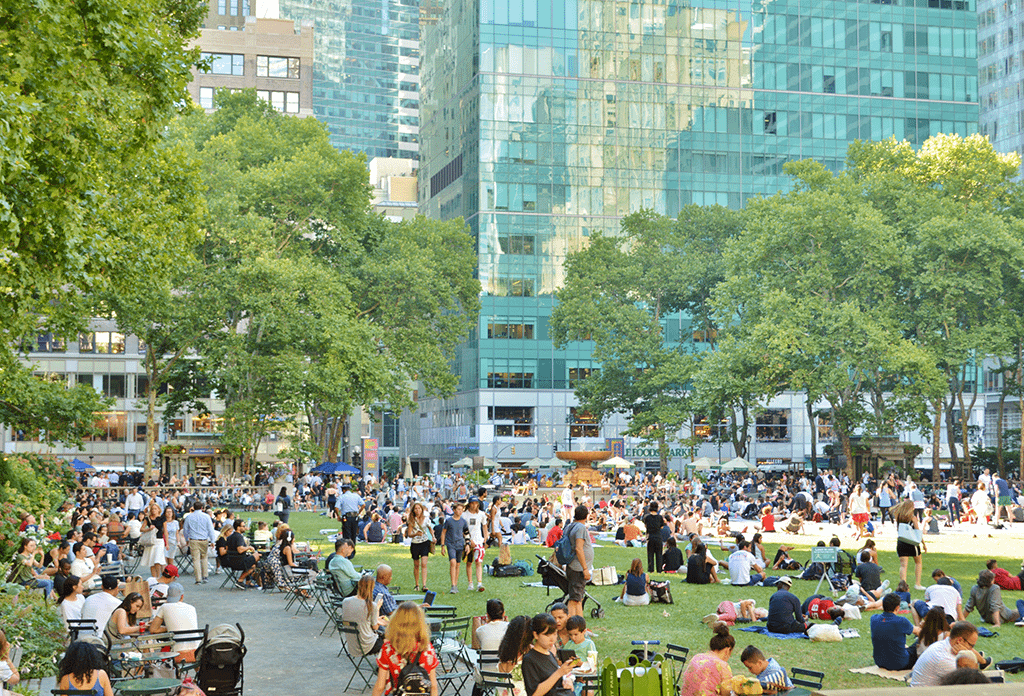 Lunchtime On Bryant Park In Midtown