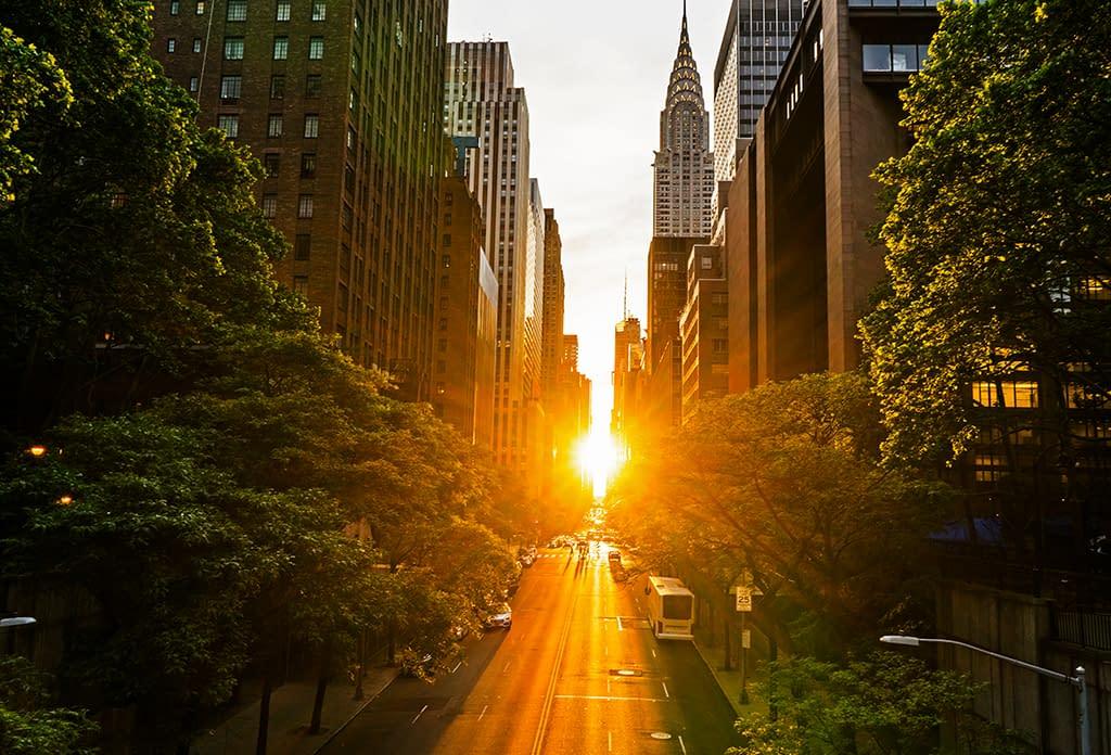 The Manhattanhenge Looking West Along 42nd Street