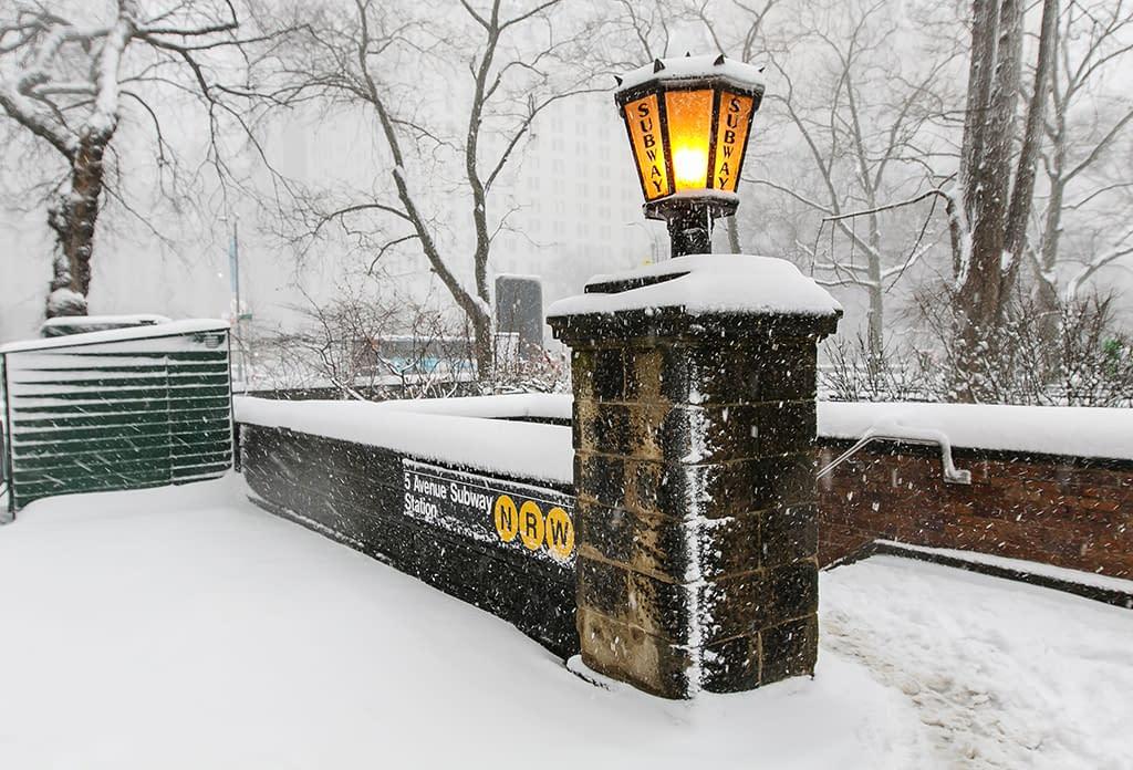 Nrw Subway Stop Winter