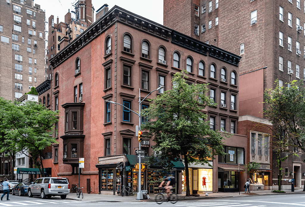 Pre War Building On Madison Avenue On The Upper East Side