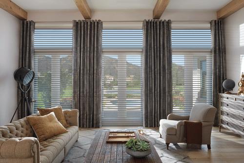 2017 SIL UG2 Tapestry Living Room